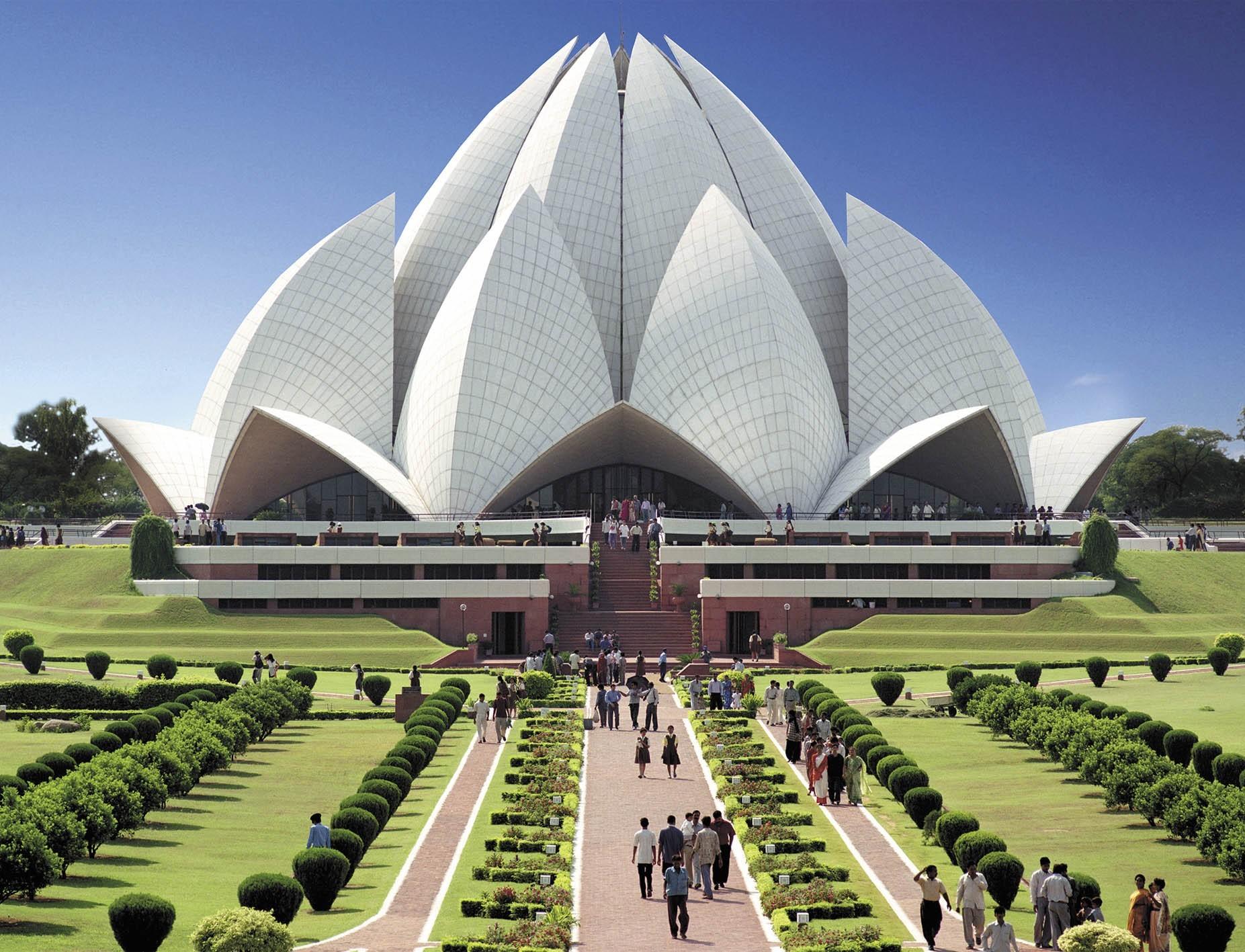 A Lótusz templom (Új-Delhi, India) (angolul: Lotus temple) (c) Bahá'í Nemzetközi Közösség www.bahai.org