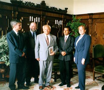 Göncz Árpád köztársasági elnök a bahá'í közösség képviselőivel