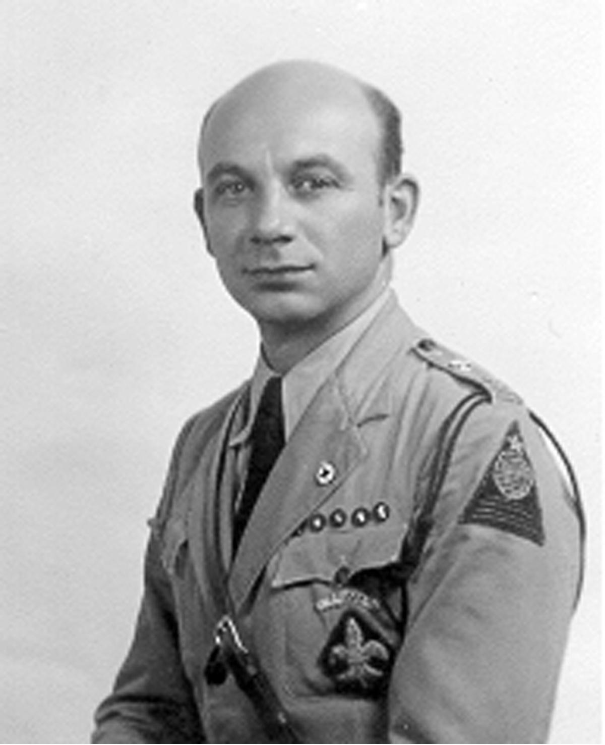 Leo Karczag cserkész egyenruhában (Costa Rica, 1936)