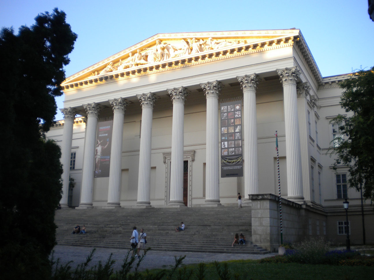 The National Museum, where 'Abdu'l-Bahá gave a lecture on 14th April 1913 (c) Magyarországi Bahá'í Közösség www.bahai.hu