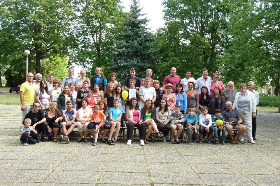 Bahá'í nyári iskola csoportképe 2012 Balatongyörök