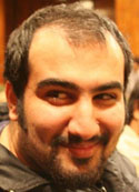 A június 12-i globális akciónap budapesti örökbe fogadott lelkiismereti foglya: Kouyhar Goudarzi újságíró