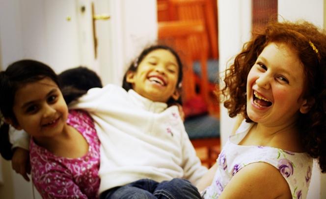 Az előítéletek eltörlése a bahá'í alapelvek egyike. (c) Magyarországi Bahá'í Közösség www.bahai.hu