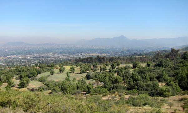 """A chilei """"fény templom"""" látszódni fog Chile fővárosa, Santiago területéről © Bahá'í World News Service news.bahai.org"""