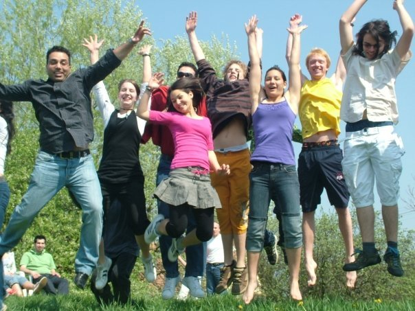 A kamasz program örömteli pillanata (c) Magyarországi Bahá'í Közösség www.bahai.hu
