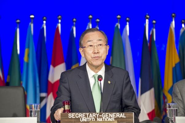 Az ENSZ főtitkára, Ban Ki-moon hivatalosan megnyitja a Rio+20 környezetvédelmi konferenciát, 2012. június 20-án Rio de Janeiróban. UN Photo/Mark Garten
