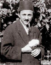A könyv szerzője, Shoghi Effendi, a bahá'í hit Védnöke (1897-1957) (c) Bahá'í Nemzetközi Közösség media.bahai.org