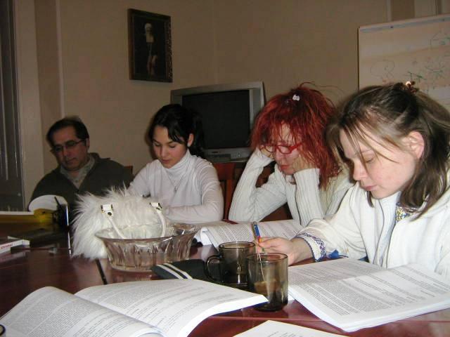 Bahá'í tanulókör Budapesten (c) Magyarországi Bahá'í Közösség www.bahai.hu