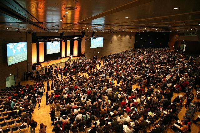 4600 résztvevővel a frankfurti volt a legnagyobb európai bahá'í konferencia (2009. február 7-8.)